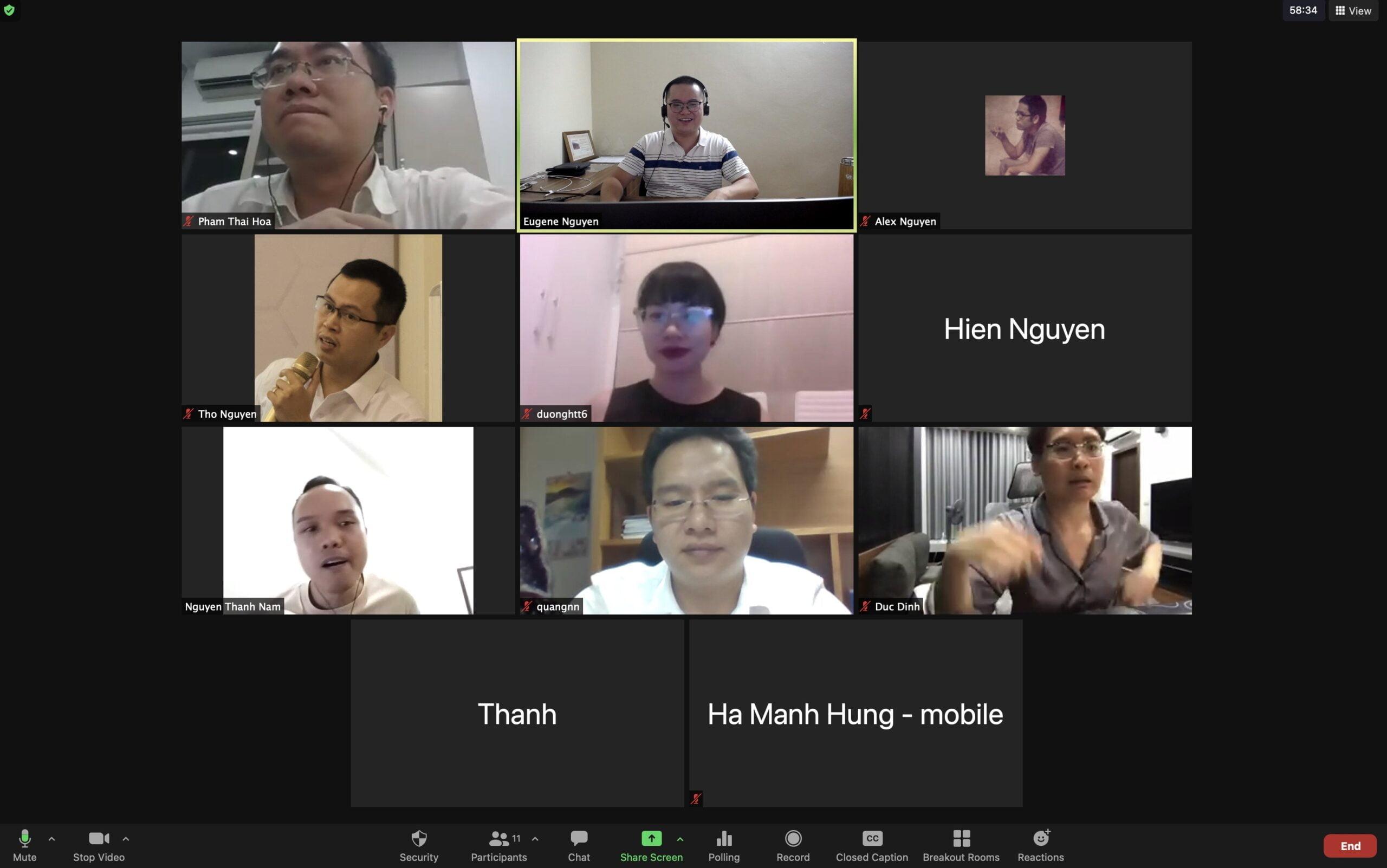 Hình ảnh lớp học Online được chi thành các nhóm nhỏ để thảo luận tại PMA